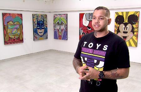 Toys já viajou pelo mundo expondo suas telas, mas não abandonou a paixão: grafitar as ruas de Brasília.