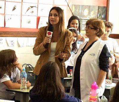 Letícia Bragaglia entrevista a professora Noemi